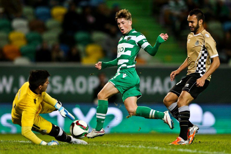 Sporting-Lisbon-vs-Vitoria-Setubal-Chu-nha-go-the-dien-01h00-ngay-22-07-VDQG-Bo-Dao-Nha-–-Primeira-Liga-5